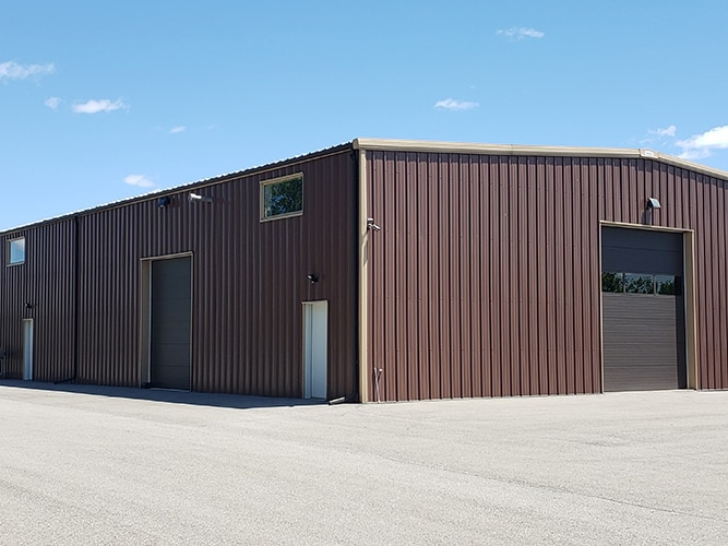 40x60-steel-building-an-extremely-popular-metal-building-option-img11