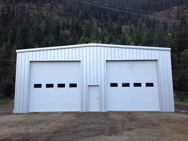 SW 44' wide x 18' eaves x 70' long